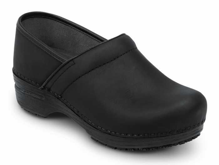 Dansko SDK000202 Professional Black Oiled, MaxTrax, Soft Toe, Slip Resistant Clog